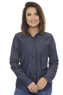 911900 Camisa Jeans Feminina Manga Longa com Pérolas e Bolso Frontal  (Frente)