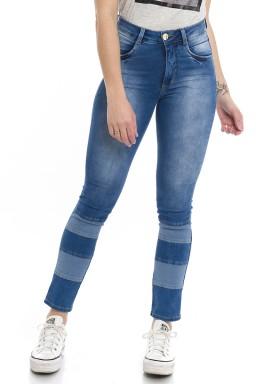 1212020 Calça Jeans Feminina Skinny com Recortes Frontais (Frente)